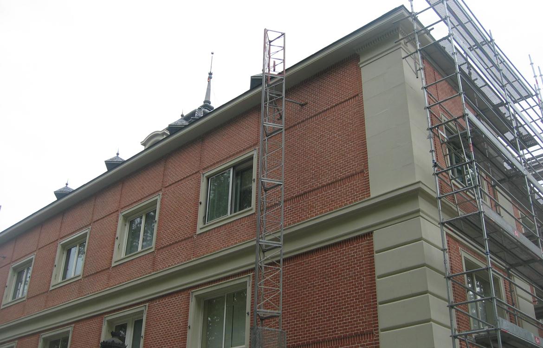 Rehabilitación de cornisas en composites GRP del Palacio de la Moncloa